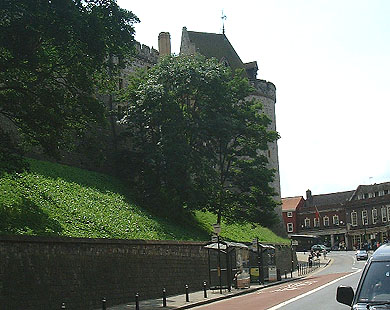 The Curfew Tower and Thames Street