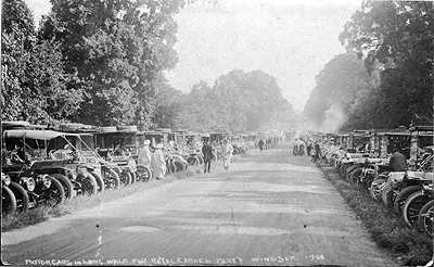 1908 Cars in Long Walk